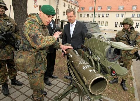 Bundespräsident besucht Wachbataillon